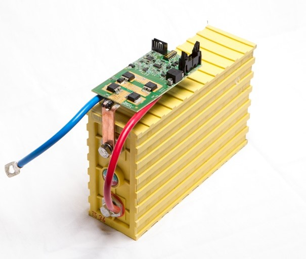 BMS-Print with bypass-functionality for stationary storage system with second-Life batteries from electromobility