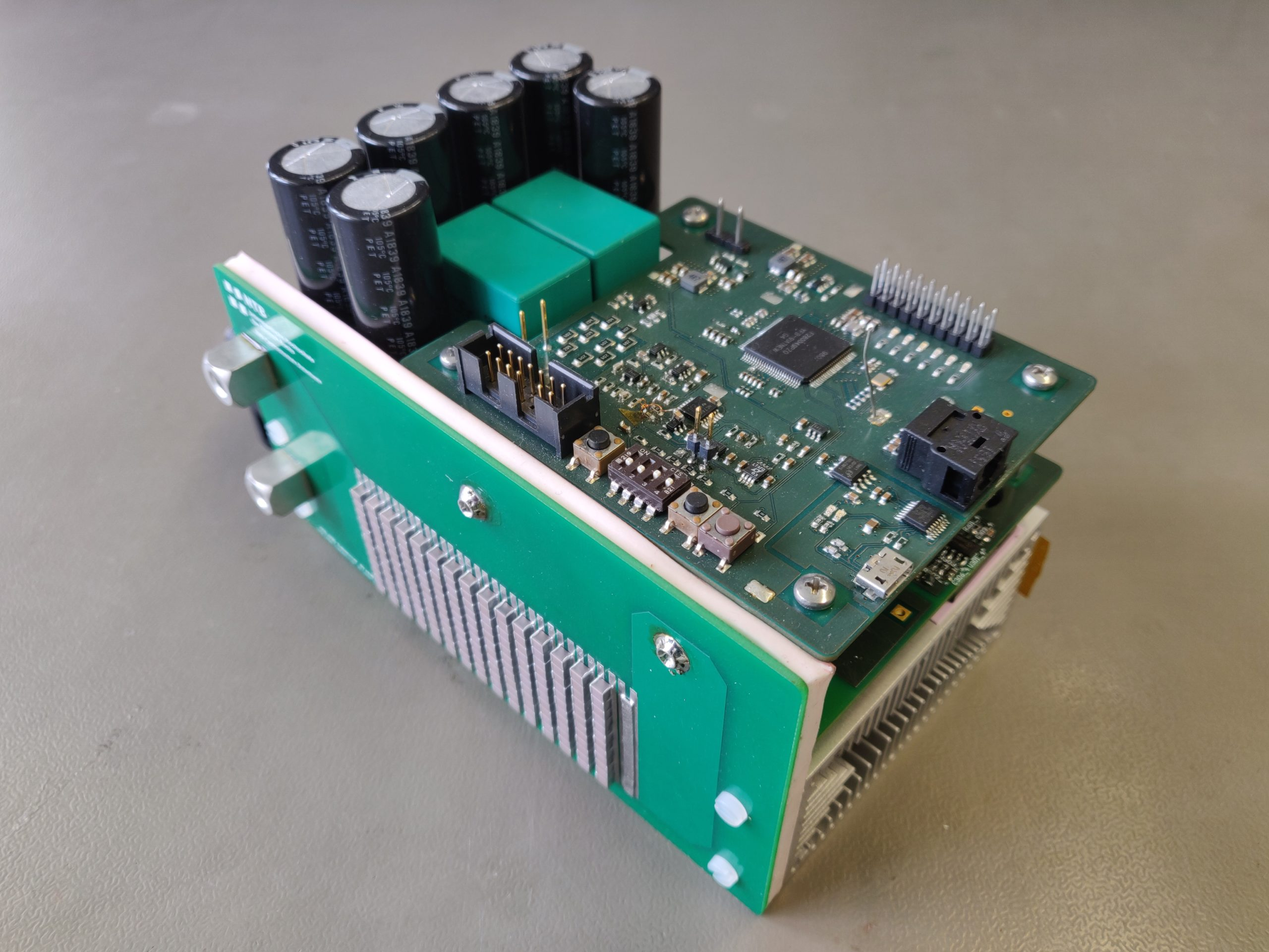 Power electronics for a 4 kW WPT System